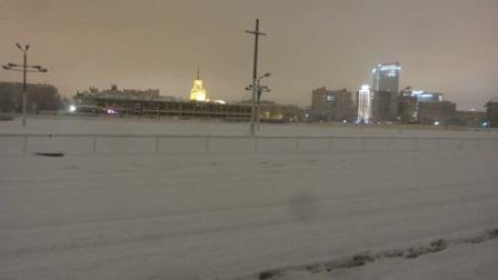 Дорожка ЦМИ под снегом
