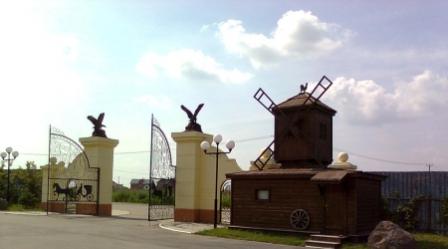 Ворота в конный клуб в Хабаровске