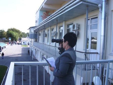 Нина Хохлова на балконе