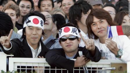 Японцы азартные игроки и болельщики