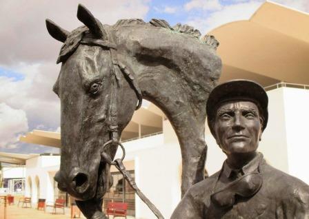 Памятник Клаудио Каруделю