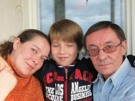 С дочкой и внуком