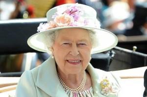 Королева Англии в Аскоте