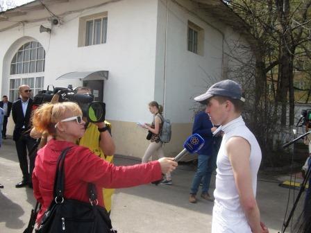 Марат дает интервью